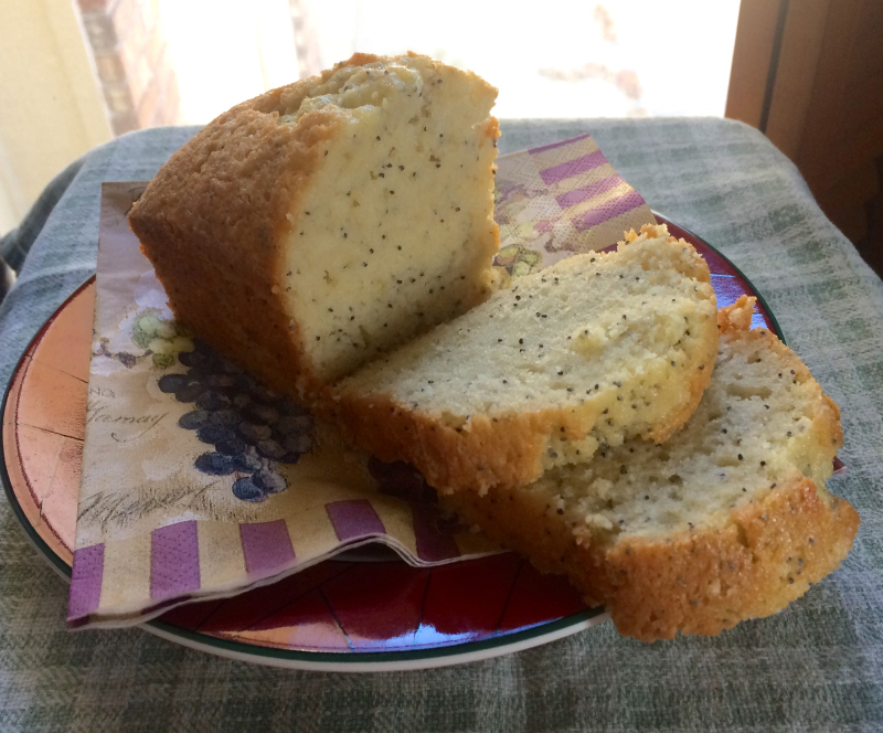 Poppyseed-bread